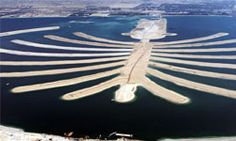 "HowStuffWorks ""Why is the world\'s largest artificial island in the shape of a palm?"""