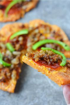 Better than Fat Head Pizza, this Low Carb Pizza fills you up at a fraction of the calories and carbs! The secret? Pork Rind Power! | heyketomama.com