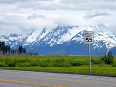 Explore Alaska on an road trip, seeing Denali, Fairbanks, Valdez and everything in between.