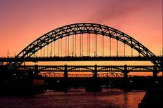 Filename: Free desktop bridge Resolution: File size: 1058 kB Uploaded: Baby Waite Date: Northern England, Sydney Harbour Bridge, Amazing Art, Cover, Paths, Trail, Scene, Sunset, Bridges