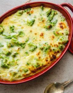 Cheesy Broccoli Casserole, Broccoli Cheese Casserole, Vegetable Casserole, Broccoli And Cheese, Broccoli Baked In Oven, Broccoli Recipes, Vegetable Recipes, Broccoli Dishes, Vegetable Sides