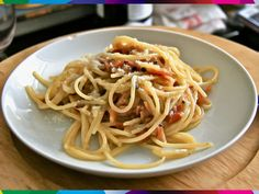 PASTA ALLA CARBONARA (ROMA).  #Rome #Lazio #Italy #pasta #spagnetti #food #pecorino #guanciale #pepper #egg #olivoil