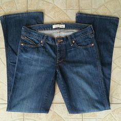 """NWOT Old Navy Lowest Rise Bootcut Denim Jeans Final Price! Brand Old Navy  Style Lowest Rise  Size 4 Waistband low-rise measures 32"""" NWOT perfect condition  Accented pockets with dual curve design Dark Prewashed  Denim Old Navy Jeans"""
