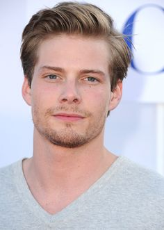 hunter parrish gif tumblr