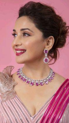 Bollywood Actress Without Makeup, Beautiful Bollywood Actress, Most Beautiful Indian Actress, Beautiful Actresses, South Indian Actress Photo, Indian Actress Hot Pics, Indian Actresses, Bollywood Girls, Bollywood Stars
