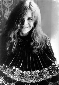 Janis Joplin Her first ever large scale public performance was at the Monterey Pop Festival; this led her to becoming very popular and one of the major attractions at the Woodstock festival and the Festival Express train tour. Rock N Roll, Rock & Pop, Acid Rock, Janis Joplin Style, Hippie Man, Hollywood, Rock Legends, Jim Morrison, Female Singers