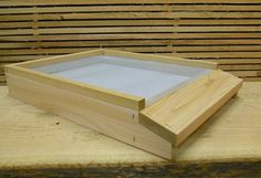 SCREENED BOTTOM BOARD 10 FRAME W/ STAINLESS STAPLES ~NATURAL ORGANIC BEEKEEPING~ #PacificHive