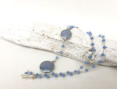 Ketten lang - kurze feine Kette,  ballchain blau - ein Designerstück von moanda bei DaWanda