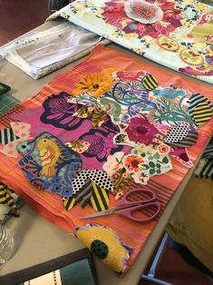 Cute Quilts, Lap Quilts, Quilting Projects, Art Quilting, Quilting Tutorials, Art Tutorials, Bohemian Quilt, Anna Maria Horner, Fabric Embellishment