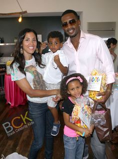 Celebrities and Their Families | ... AND FAMILY AT THE CELEBRITY BABY GIFTING SUITE » Black Celebrity Kids