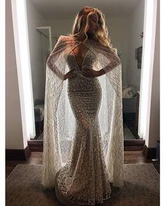 35.8 тыс. отметок «Нравится», 323 комментариев — BERTA (@bertabridal) в Instagram: «And then there's the cape. #BERTA 2017 at @chicparisien  Congrats to our many new BERTA brides…»