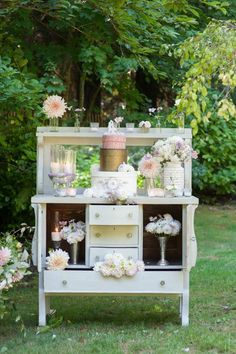 vintage dresser wedding cake table - Deer Pearl Flowers / http://www.deerpearlflowers.com/wedding-ceremony-decor/vintage-dresser-wedding-cake-table/