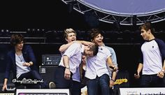 #6yearsof1d here's @harrystyles kicking @radioleary up the arse at Party In The Park #leeds 2012