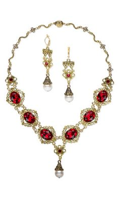 "Single-Strand Necklace and Earring Set with SWAROVSKI ELEMENTS and Antiqued Gold-Finished ""Pewter"" Components"