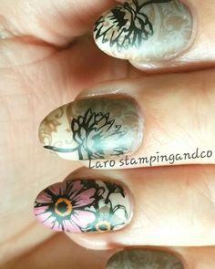 Nail art stamping fleurs séchées