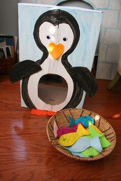 Pink and Green Mama: * Cardboard Penguin Toss Game and Fish Bean Bags
