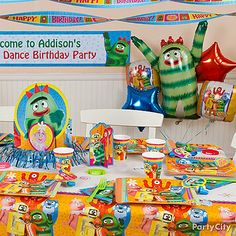 Use our Yo Gabba Gabba decorations to set the mood for fun!