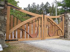 unique driveway gates | ... uses salvaged Red Cedar to build custom driveway gates and entrance