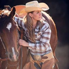 Cowgirl with her #horse  #cowgirls  http://www.santaferanch.com/