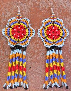 Brightly Colored Flower Handmade Chaquira door MiCasitaDeChaquira