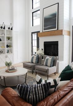Best Farmhouse Living Room Decor Ideas , Living rooms are some of the the principal spaces in our homes. A farmhouse living room should be gorgeous. Farmhouse living room decorating a home ca. Modern Farmhouse Living Room Decor, Home Living Room, Living Room Furniture, Living Room Designs, Farmhouse Decor, Farmhouse Ideas, Living Room Artwork, Living Room Walls, Farmhouse Bench