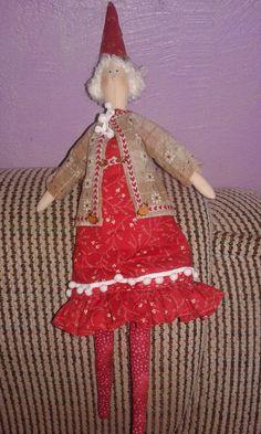Mamãe Noel Kriska - Linda e com um certo charme provençal, ótima opção para decoração de natal.