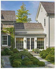 15 Ideas for home architecture plan garage doors Plan Garage, Garage Doors, Garage Ideas, Entry Doors, Garage Cabinets, Entrance, Exterior Design, Exterior Paint, Garage Design