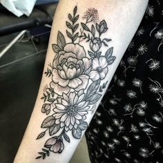Floral Tattoo Ideas For Girls (15)