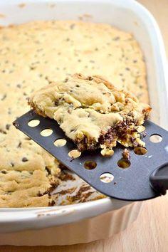Bu sefer kurabiyeyi kek karışımıyla yapabiliriz!