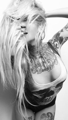 Sara Fabel (ಠ_ರೃ) Hot Tattoos, Pretty Tattoos, Beautiful Tattoos, Body Art Tattoos, Girl Tattoos, Tatoos, Beautiful Body, Beautiful People, Sara Fabel