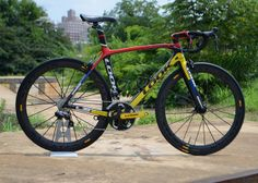 Look 695 Mondrian Mavic Cosmic Carbone by Glory Cycles