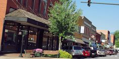 Why Sylva Might Be The Best Small Town In North Carolina/ I prefer small towns over cities. Cherokee North Carolina, North Carolina Cabins, Camping In North Carolina, North Carolina Mountains, Cherokee Nc, Zion Camping, Camping World, Best Places To Camp, Places To Go