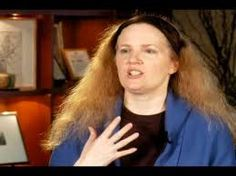 Interview with Suzanne Collins Part 1 - Classical Inspiration (Bookmark this so you can find all the videos when you need them in class! Hunger Games Author, Hunger Games Trilogy, Teen Library, Suzanne Collins, Fantasy Films, Film Books, Playwright, Catching Fire, Great Stories