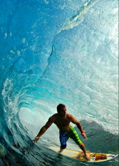#Surfing #Waves #Tube
