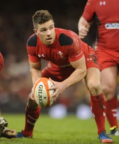 I opened Pinterest and my feed was swamped with Rugby boys. Love iiiiit. xD Wales 27 v 6 France. Rhys Webb.