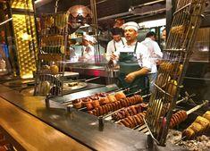 Rustic Restaurant, Restaurant Interior Design, Wood Fired Oven, Street Food, Coffee Shop, Grilling, Smokers, Kitchen, Steak