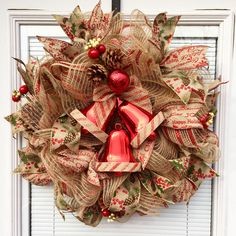 Red bells burlap wreath
