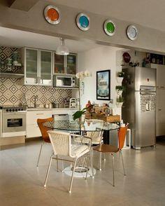 Eklektyczna kuchnia, nowoczesna kuchnia, płytki do kuchni. Zobacz więcej na: https://www.homify.pl/katalogi-inspiracji/35320/jak-wybrac-idealne-plytki-do-kuchni