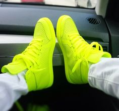 neon green gucci sneakers