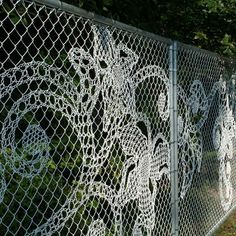 Disguise a chain link fence with crochet