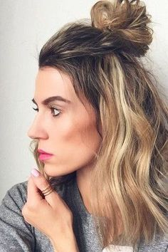 How to do the perfect half-up top knot