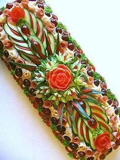 24 ideas fruit platter designs presentation edible arrangements for 2020 Meat Trays, Food Platters, Fruit Platter Designs, Food Sculpture, Fruit And Vegetable Carving, Food Carving, Food Garnishes, Garnishing, Sandwich Cake