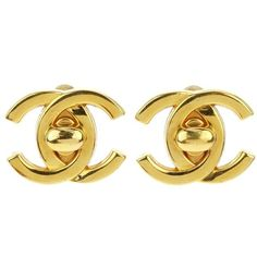 Pre-owned Chanel Gold Tone Metal CC Turnlock Earrings ($295) ❤ liked on Polyvore featuring jewelry, earrings, holiday earrings, earrings fine jewelry, earring jewelry, pre owned jewelry and fine jewelry