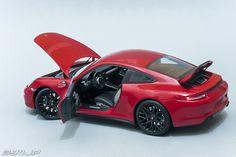 1/18 Schuco - Porsche 911 (991) Carrera GTS 2015 Präsentationsfarbe Karminrot…