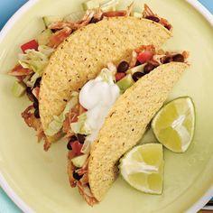 Tacos de poulet aux haricots noirs   Ricardo Buns, Exotic, Sandwiches, Wraps, Camping, Healthy, Ethnic Recipes, Desserts, Food