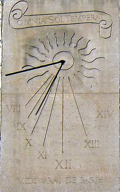old sundial on wall, Globes Terrestres, Physics Experiments, Anniversary Clock, Time Clock, Sundial, Antique Watches, Wooden Clock, Garden Design, Street Art