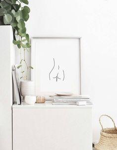 Deze oorspronkelijke Eddie and The Giant Peach vrouwelijke vorm lijntekening behoort tot 3 in de collectie - vrouwelijke vorm 03. Als altijd ontworpen met eenvoud in het achterhoofd zal deze print elke inrichting, perfect voor elke kamer in uw huis complimenteren. Let op: Frame en