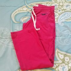Hot pink Hollister lounge pants size L These are super comfy lounge pants and will likely become your favorite pajama bottoms. Hollister Intimates & Sleepwear Pajamas