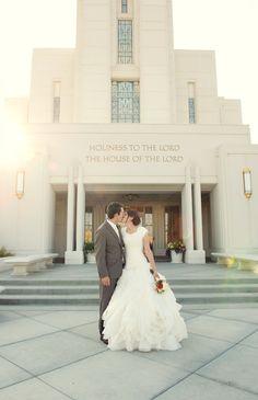 Rexburg temple, Rexburg wedding photography, Rexburg, Creative wedding pictures, LDS
