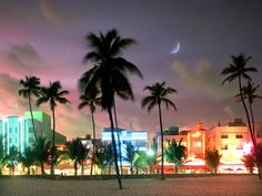 Though it seems like Miami is a late-rising town, buck the tourist trend and head to bed a little early—stay up until just midnight, and you won't miss too much.